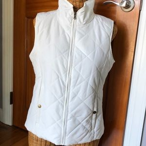 NWOT Bass white vest size small